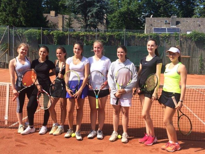Jugend trainiert für Olympia: Großer Erfolg für die Mädchen Tennis-Mannschaft!