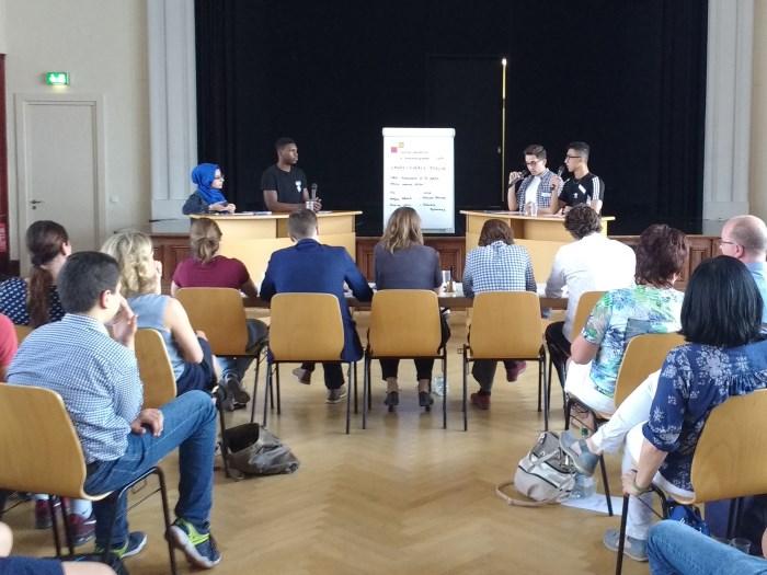 """Dritter Platz bei """"Jugend debattiert in Sprachlernklassen"""" geht an Schüler des Wald-Gymnasiums! - slide 2"""