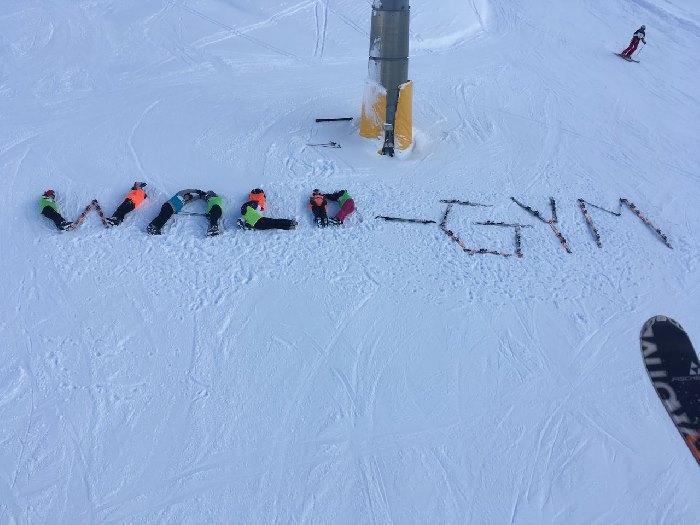Die Skifahrer 2018 lassen grüßen - slide 1