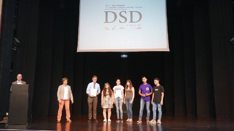 Deutsches Sprachdiplom: Erfolgreicher Abschluss der Willkommensklassen
