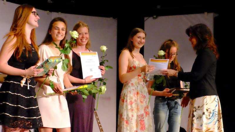 Abitur 2019: herzlichen Glückwunsch! - slide 4