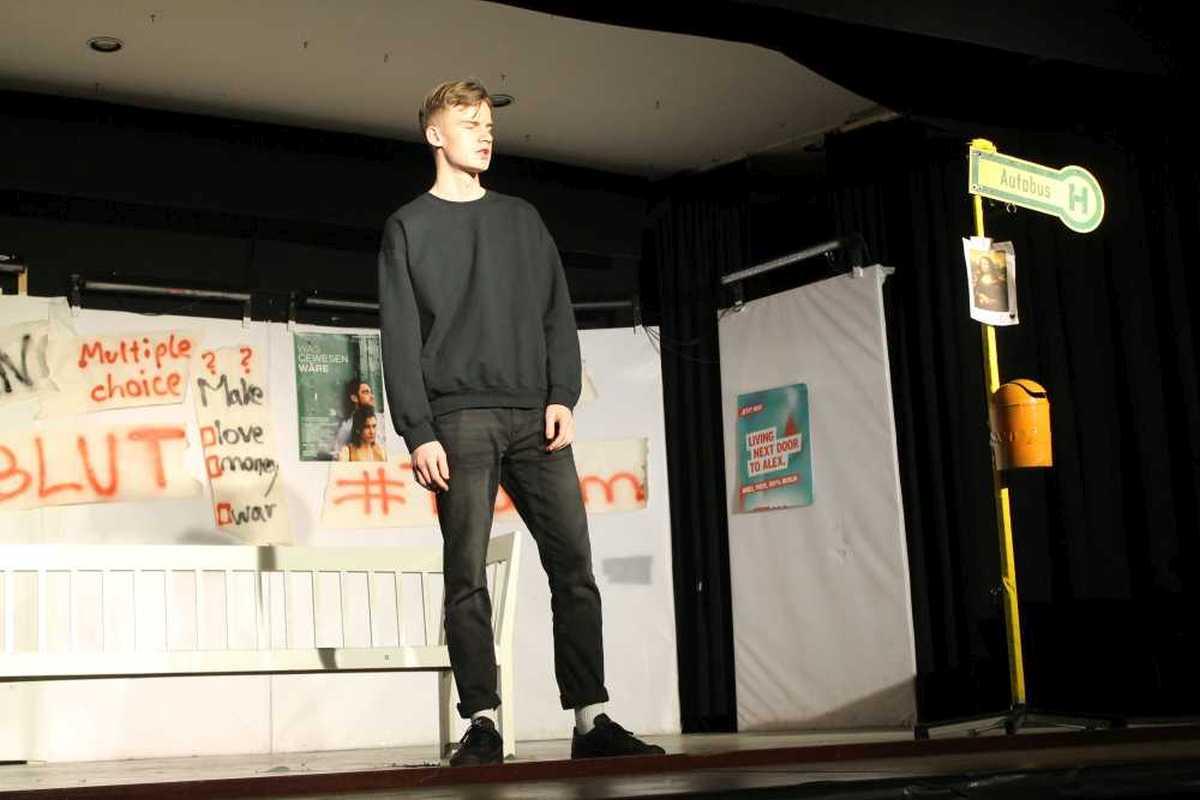 Galerie: DS-Aufführung vom 20. und 21. Februar. - slide 4