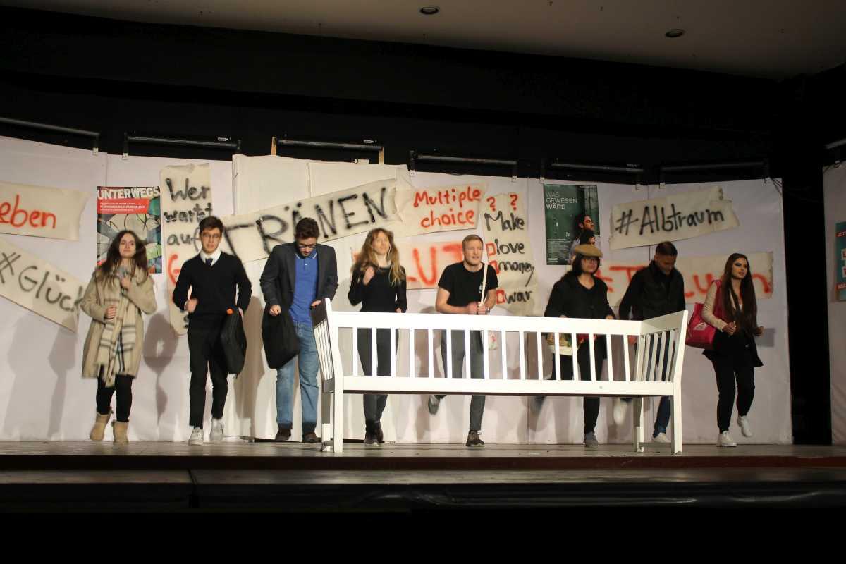 Galerie: DS-Aufführung vom 20. und 21. Februar. - slide 12